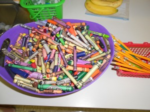 The HUGE crayon basket
